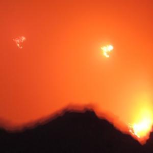 マグマが噴き出す火口 エルタアレ火山 世界一過酷なツアー ダナキル砂漠 エチオピア