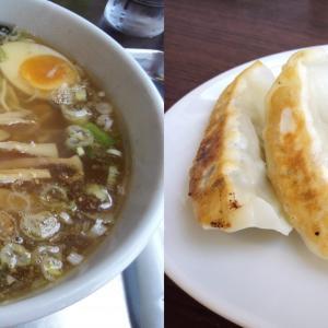柏市逆井 東京らぁめん ちよだ にて、魚介スープの旨味たっぷりの塩らーめんと、にんにく控えめの特製餃子で満腹に!