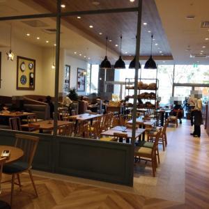 テラスモール松戸 1階のベーカリーレストラン Bakery Table direction by DONQで本格食事パンを食べ放題!