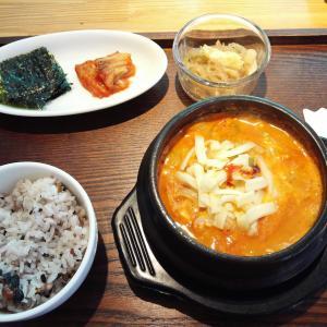 柏駅東口徒歩2分の韓国・スペイン料理店 ポジャンマチャ柏店にて、スンドゥブのランチ。辛さを選べてドリンクバー付きでコスパよし!