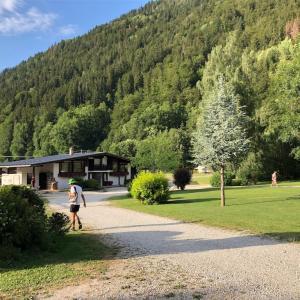 ジュネーブからキャンプNature & Lodge −Camping les Domes de Miage