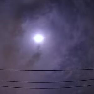 【動画あり】関東上空に大きな火球が飛来「雷のような音が聞こえた」