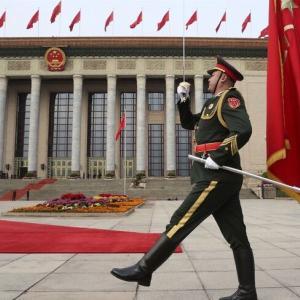 速報:中国の亡命者の身元が確認され、防諜の最高責任者だった