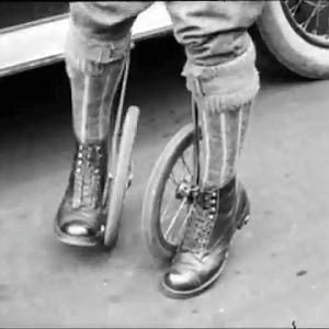 ローラースケートの原型?
