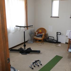 親の家を片付ける(7) 洋室 1before