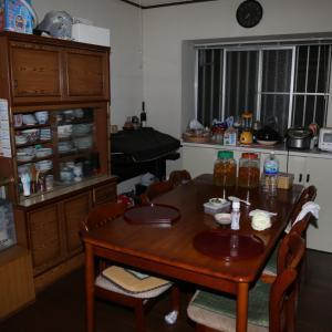 親の家を片付ける(14) キッチン before