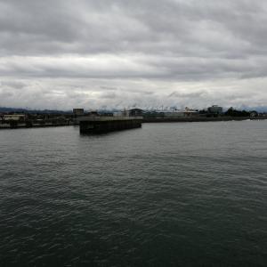雨の中、釣れる気がしないが、魚津漁港まで(2019.10.20)