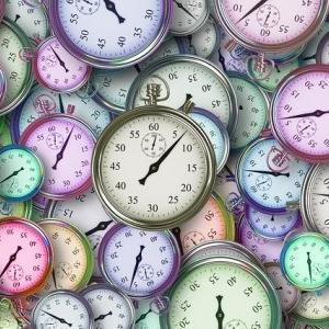 ブログで収入を得るまでにかかる平均時間は?【1年はかかります】