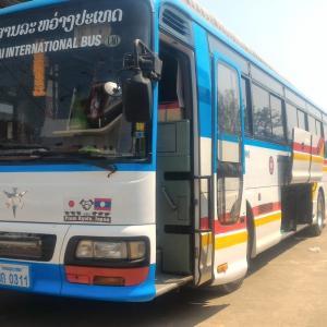 ラオス北部旅行記(14) ビエンチャン 「Green Box Capsule Hotel」ご紹介 & ビエンチャンからノンカーイへの国際バス乗車