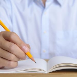 戦略的な営業を行うために 問題点や解決方法を紙に書いて考えてみよう!