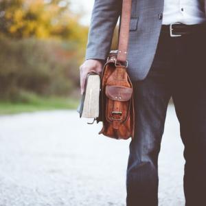 【営業マン必見!転職サイトの選び方】会社探しのコツやおすすめサイト3選