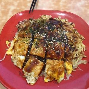 福山で人気のお好み焼き「三国志」でランチ