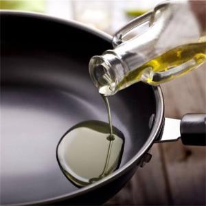 【サラダ油は体に悪い】体に良い油はコレ!