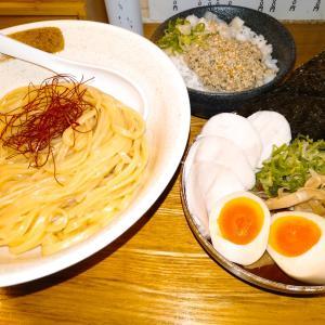 ラーメン店麺匠ようすけ鶏煮亭で、特製濃厚鶏つけ麺と、鶏そぼろご飯を食べてみた