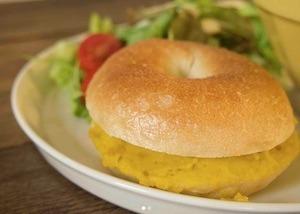 トーストにつけてたっぷり楽しめる秋の簡単かぼちゃとさつまいものペーストのレシピ