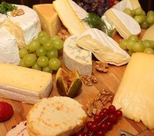記念日やギフトに人気のおすすめチーズスイーツ3選
