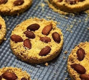 クッキーのようなアーモンドの風味のイタリア簡単ズブリゾローナのレシピ