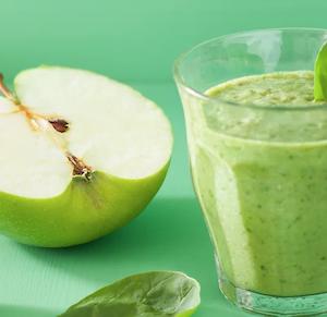デトックス効果のあるフルーツの自然な甘さを活かした青汁