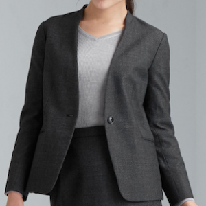 アラフィフ世代が選ぶ仕事で着回すことができるファッション3選