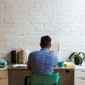 私服勤務OKに変わって感じた5つのメリット【IT企業の場合】