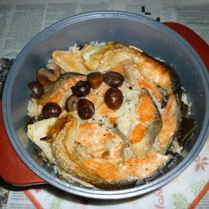 無加水鍋でトラウト・サーモン+焼き栗の炊き込みご飯