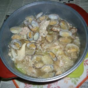 シャンタンDXで豚肉とアサリのアレンテージョ風絶品鍋
