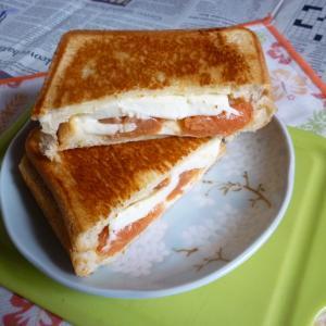 チーズ&明太たっぷりホットサンド