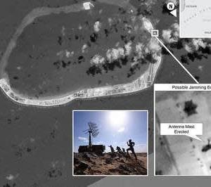 中国要塞島の暴走 爆撃機に対艦ミサイルまで