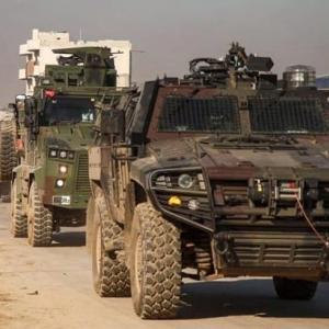 ☆シリアトルコ大規模戦闘 240両以上のトルコ地上部隊 シリア領内へ侵攻へ
