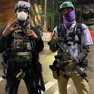 ☆内戦か】シアトルでデモ隊が自治区宣言 更に米国と中国の警官暴行シーン比較
