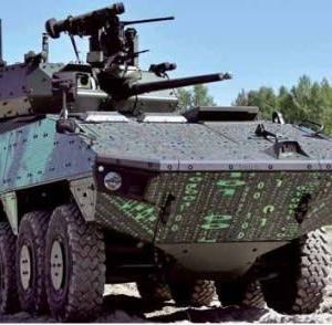 フィンランド製のPatria AMVXPが日本へ 三菱製らと競合テスト