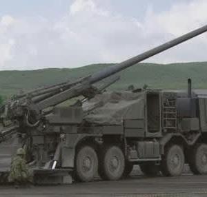 ☆最新の19式装輪自走155mmりゅう弾砲について