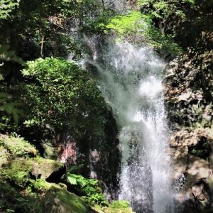 御手洗(おちょうず)の滝  佐賀県