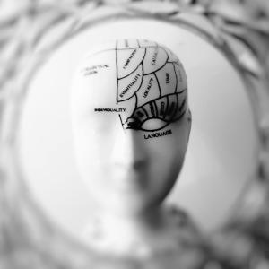 体験者が語る[脳梗塞の前兆と原因と再発防止策]