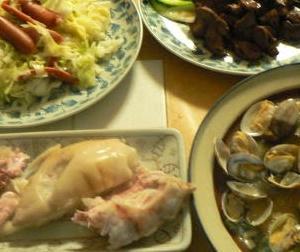 焼肉のタレに漬け込んだ鶏レバー最高|鶏レーバー焼き チョリソ野菜炒め アサリニンニク蒸 豚足