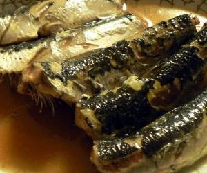 おかず単品|イワシの味噌煮は最終段階に汁だけを別鍋で煮詰めてかけると😋