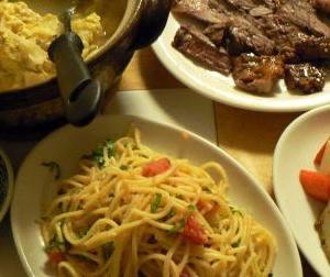 🍚献立|肉の商品名は「今夜はステーキで夕食!」ですが、牛焼きセット~~~