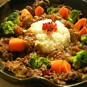番外編|お子様ランチ風カレー 前回食べ忘れた温野菜消費の為・・・