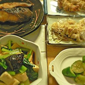 夕食|やっぱりギンダラは照り焼きが旨いな~ 小松菜煮びたし 焼き鳥2種 キュウリお新香