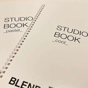 スタジオブックで物撮りの背景に困らない!