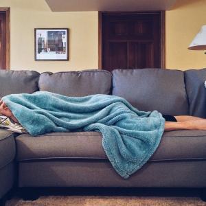 風邪で寝込み、アマゾンプライム・ビデオの海外ドラマを見続ける