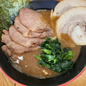 麺家紫極のチャーシューメンと限定豚バラと限定豚バラとライス@さいたま新都心