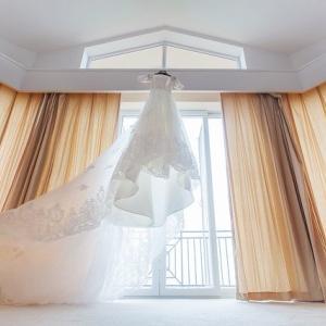 結婚式準備の衣装合わせで旦那が取るべき行動