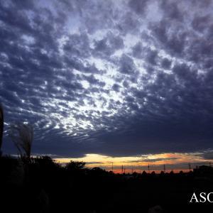 河原で見た夕空 2