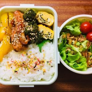 鮭と野菜の甘酢炒め弁当とカステラ巻き、志乃多寿司など