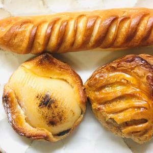 焼きそばパン、麺大事!パンとレトルト食品