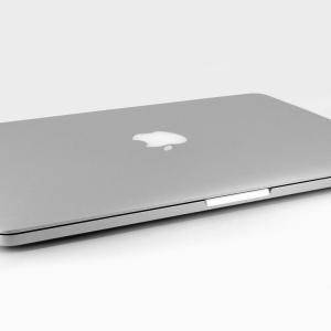 【雑記】MacBook Pro買いました!