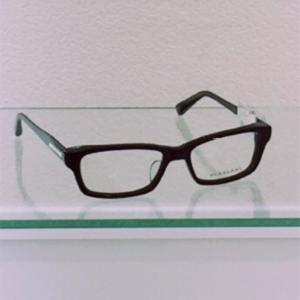 強度近視の女性がメガネを選ぶコツはこれ!