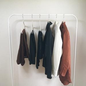 ユニクロで購入した服3着。秋は合計6着でいきます。