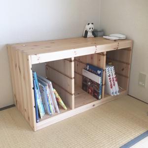 我が家のミニマル本棚。家を軽くすること。